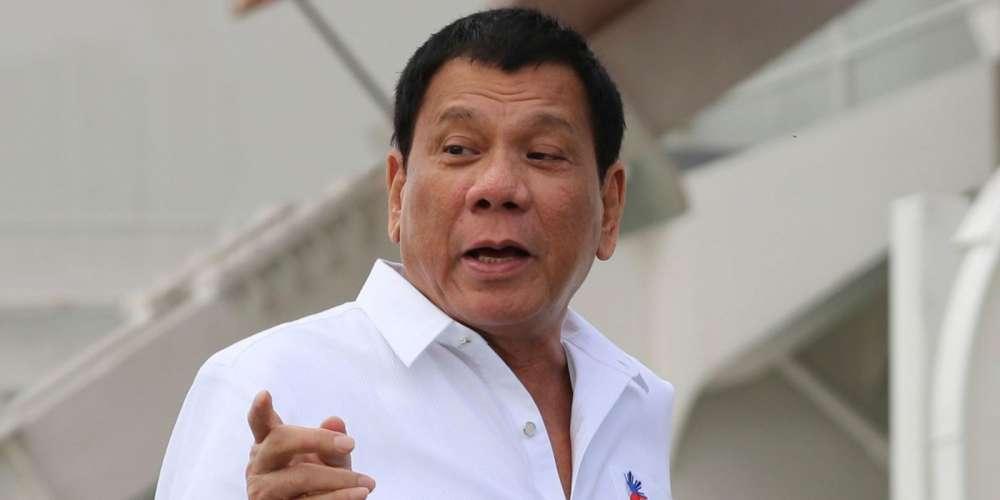 Nouvelles du monde: le président Philippin déconseille les préservatifs malgré des contaminations en hausse