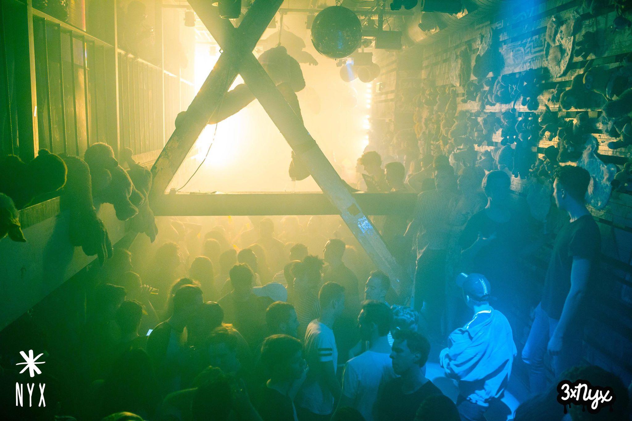 saturday night in amsterdam nyx bar