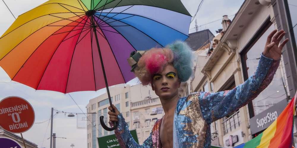 Trans Seks İşçilerine Yönelik Çalışan Türk Derneği, 2018 yılında yaklaşık 10.000 Prezervatif Dağıttı