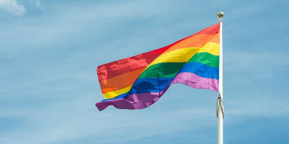 Sindicato cobra Itamaraty medidas para proteger servidores gays no exterior