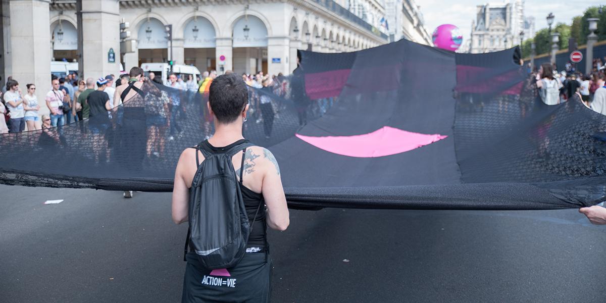 D'anciens membres d'Act Up-Paris créent une nouvelle association, Les ActupienNEs