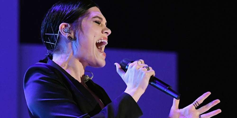 กว่า 1 พันล้านคนชมวีดีโอชัยชนะการประกวดร้องเพลงของ Jessie J ในจีน