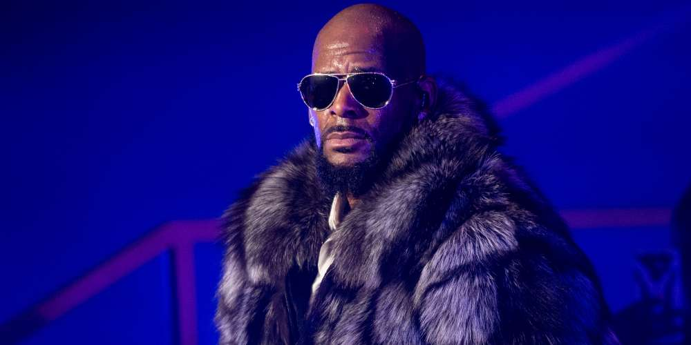 Could R. Kelly's Reckoning Finally Be Here? His Publicist, Lawyer and Assistant Have All Dropped Him