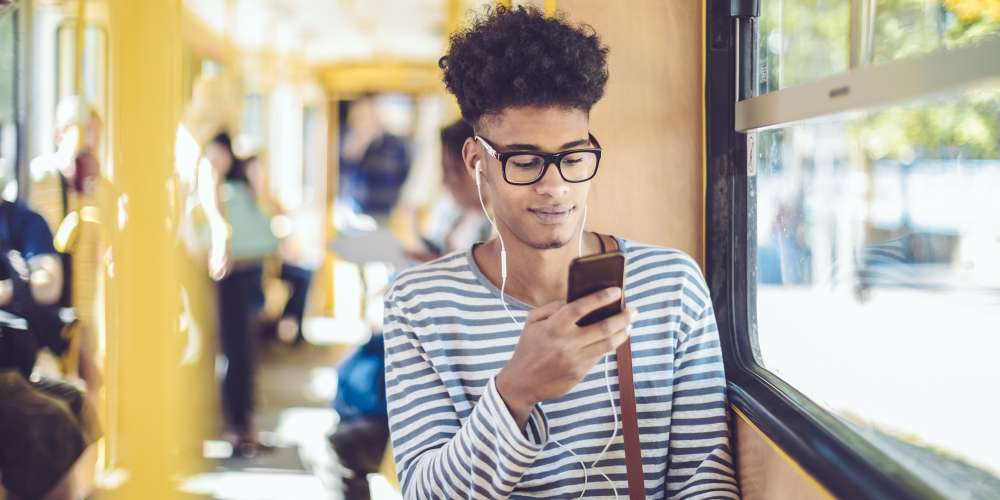 5 Ways to Improve the Relationship You Have With Your Smartphone