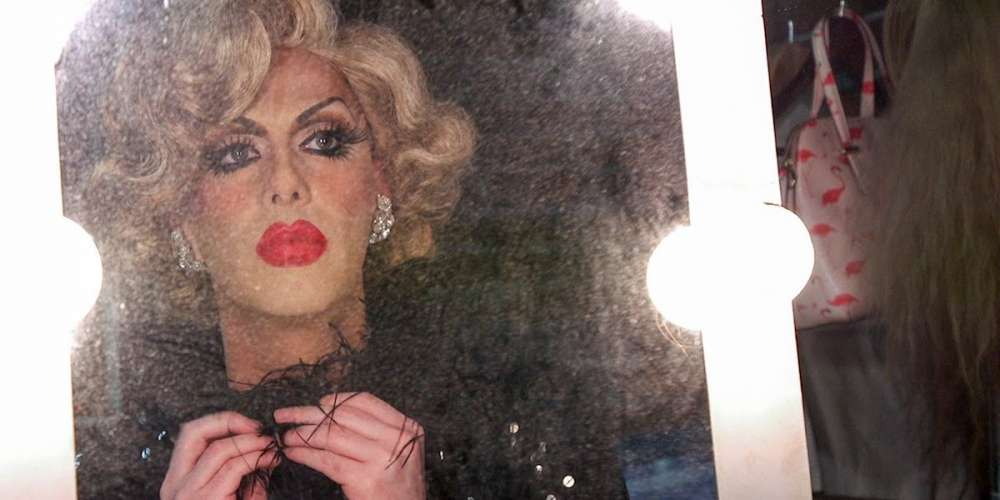 Robbie Turner Has Broken Her Silence About That Car Crash, and Well, We Still Aren't Buying It