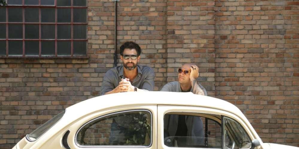Vidros Arriados conta história de amor e desencontro entre dois homens