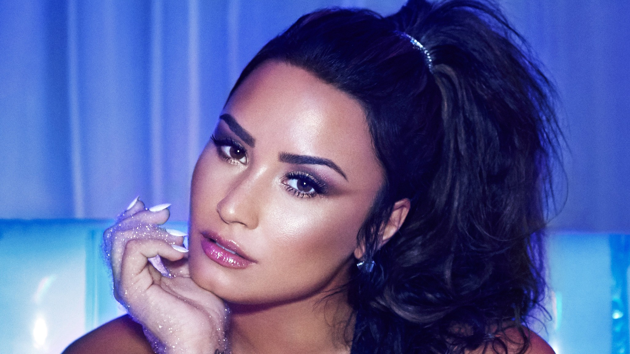 celebrities with mental illness 09, Demi Lovato