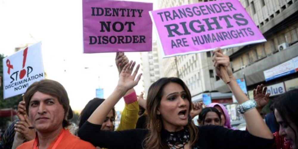Trans Pakistanis Officially Have More Rights Than Trans Americans, Despite the Country's Transphobia
