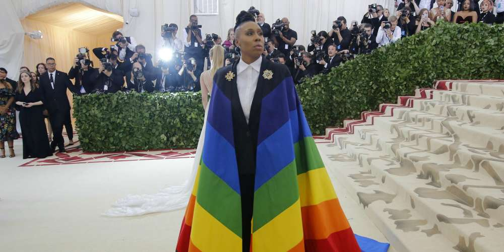 Lena Waithe's Infamous Met Gala Pride Cape Included a Black and Brown Stripe, Just Like Philadelphia's
