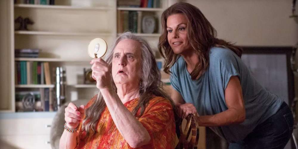 'Transparent' Actress Says Jeffrey Tambor Is Being Given a Pass for Sexually Harassing Trans Women