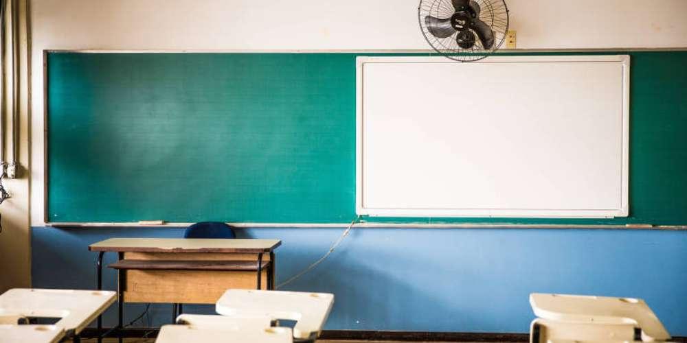 """Termo """"gênero"""" e """"orientação sexual"""" podem ser proibidos nas escolas brasileiras"""