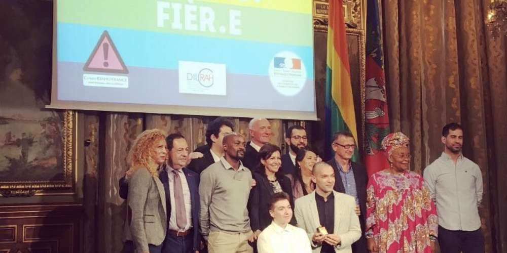 Anne Hidalgo remet le premier Paris Prize for LGBT Rights