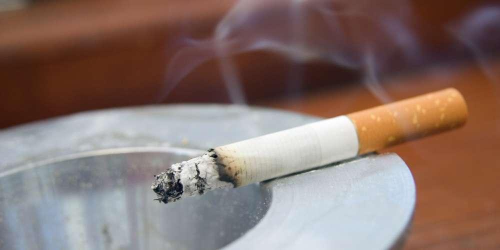 Mais uma razão para parar de fumar: 'fumo passivo' pode matar você e seus amigos