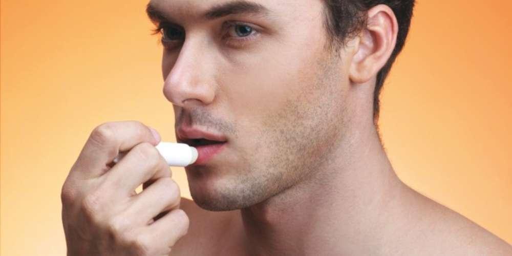 Lábios ressecados? Se liga nessas 5 dicas pra sobreviver ao inverno sem parar de beijar