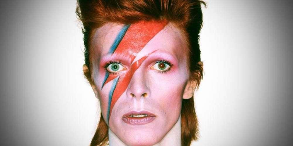 David Bowie aurait eu une liaison avec… Yves Mourousi