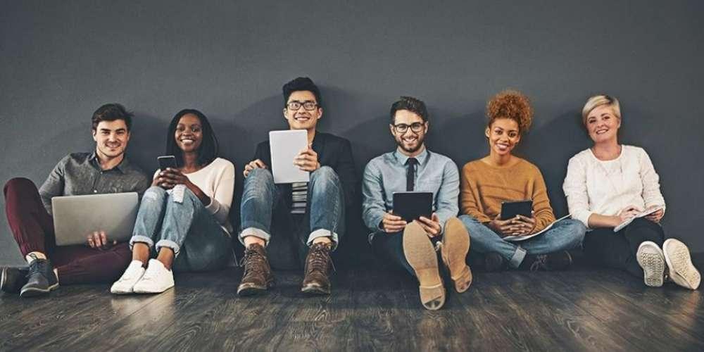 Millennials se sentem mais estressados no trabalho do que seus colegas mais velhos, sugere pesquisa