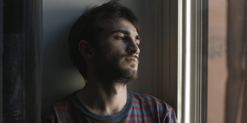 Nuevo Estudio Muestra que Menos de la Mitad de los Gays Son Víctimas de Violencia Doméstica