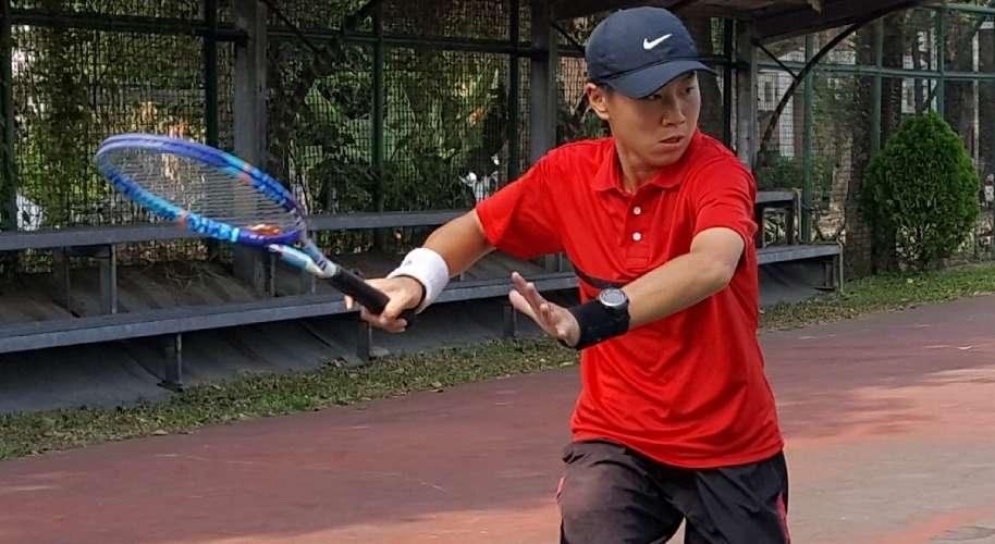 帥T小巫遠征巴黎同志運動會,用網球讓世界刮目相看