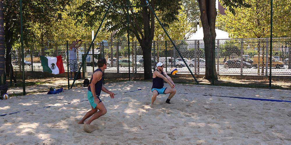 Gay Games 10, Jour 5 : Vamos a la playa !