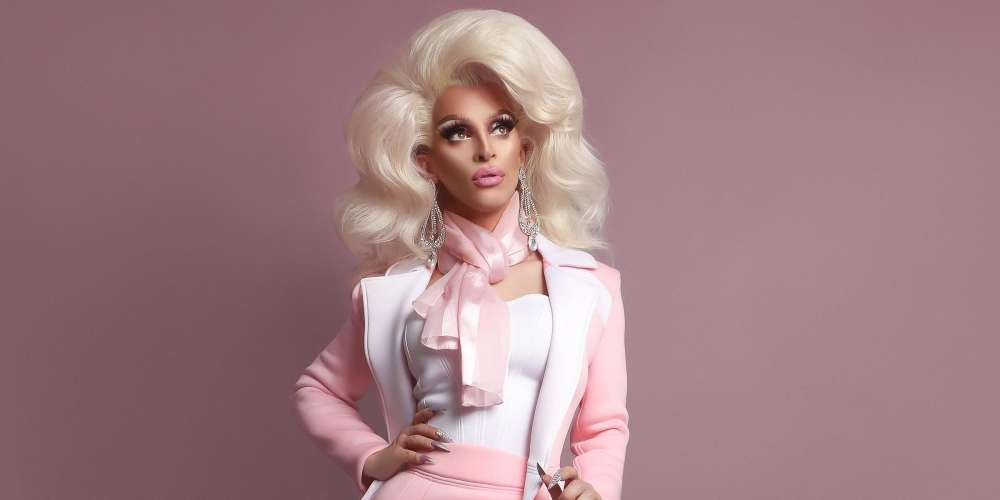 A Mugger Robbed Miz Cracker and Her Friend in Dublin This Weekend