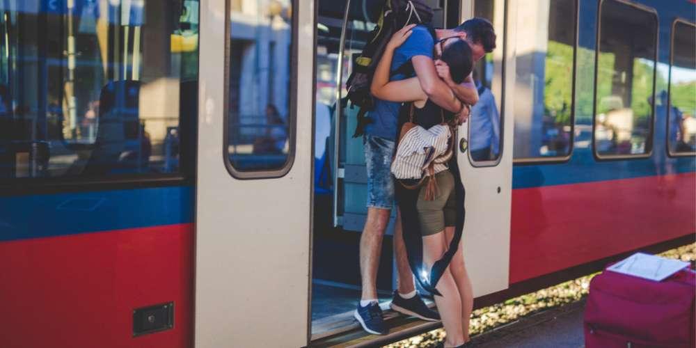 親愛的,你怎麼不在我身邊?十個遠距離戀愛需要克服的難關