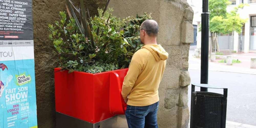 New Open-Air Urinals in Paris Are Causing Outrage Among the City's Residents