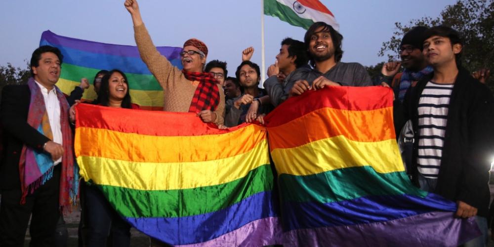 Suprema Corte indiana descriminaliza homossexualidade no país