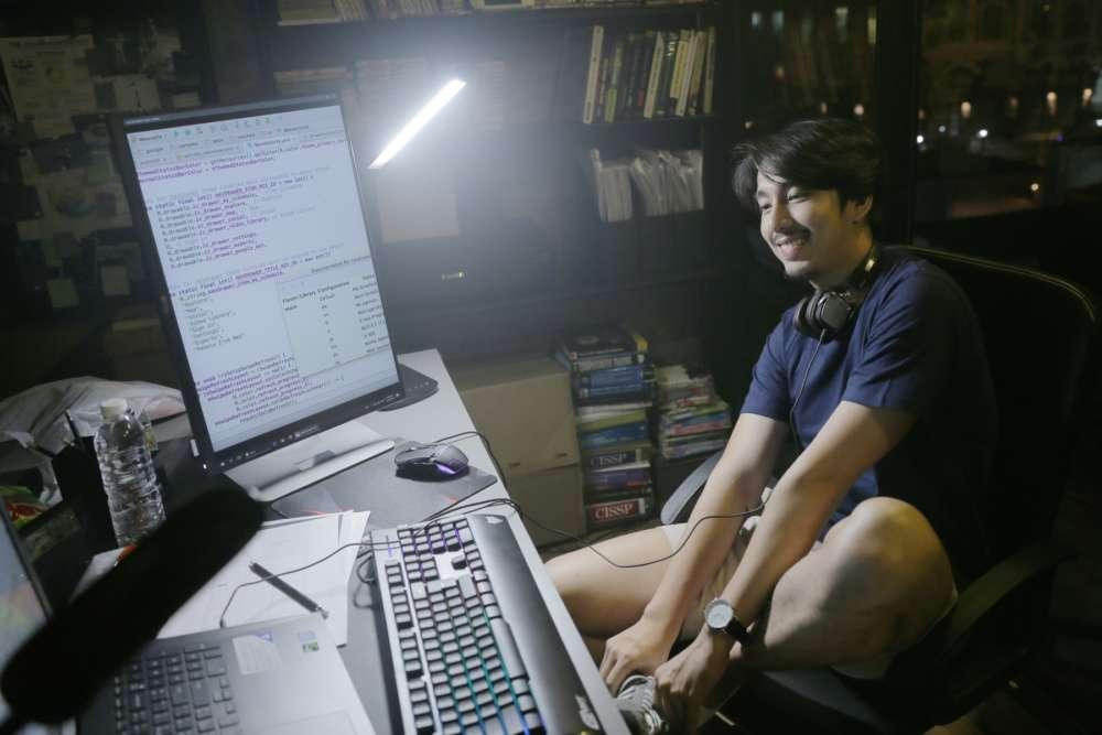泰國新片《交友網戰》 男主角貌似陳柏霖與傅孟柏綜合體