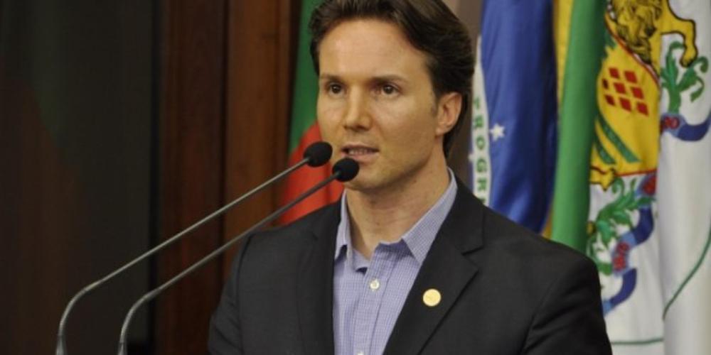 Prefeito proíbe parada LGBTI em Caxias do Sul em apoio a Bolsonaro