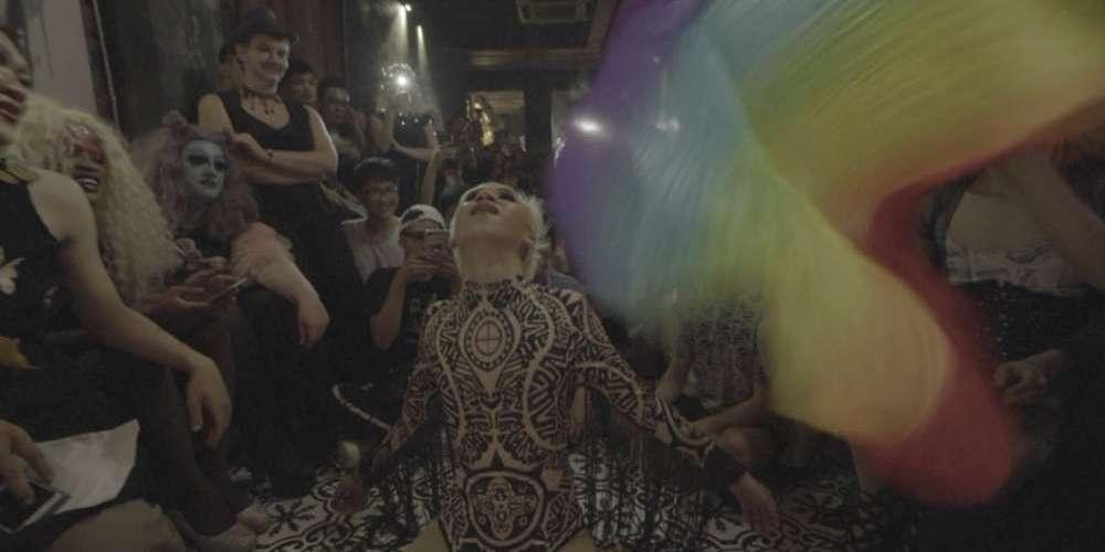 靈媒搞Gay都是神的旨意?越南母道信仰同性戀說了算!