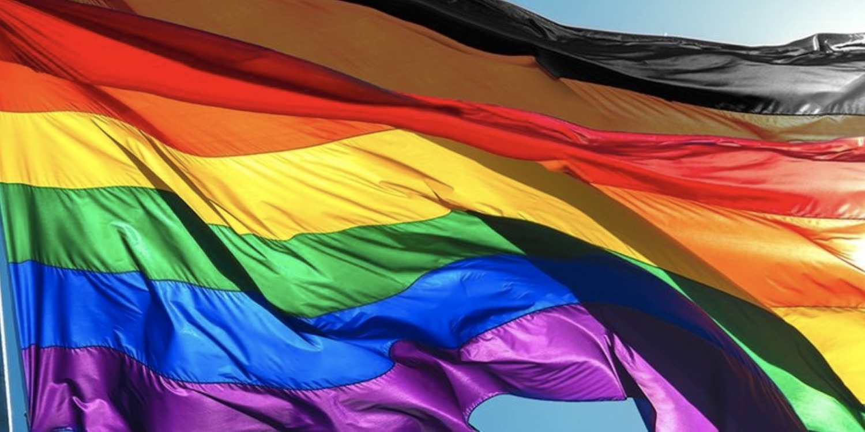 Swim Mens Swim Trunks With Mesh Lining Pockets Lgbt Gay Pride Rainbow Stripes Boys Polyester Board Shorts Swimwear Men