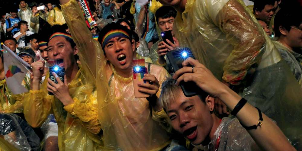 Taiwan Makes History With First Asian Gay Marriage Bill, Though Some Say It Falls Short