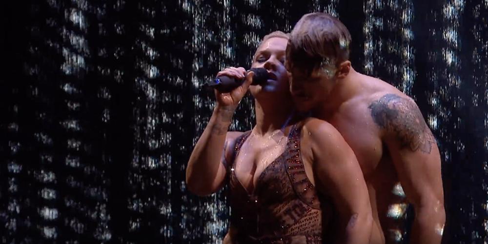 Vidéo: La prestation géniale de P!nk aux Brit Awards
