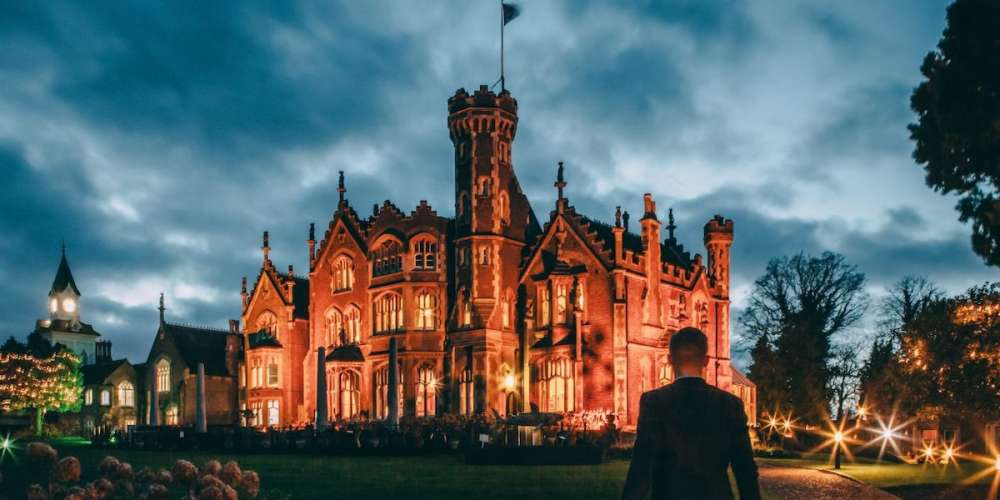 The 'Rocky Horror Picture Show' Castle Is a Luxe Hotel Perfect for a Weekend Stay