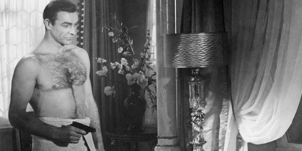 Раскрываем тайную квир-историю Джеймса Бонда