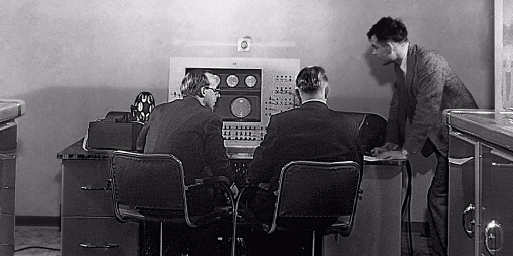 Listen to Christmas Carols Performed by Alan Turing's Computer in 1951