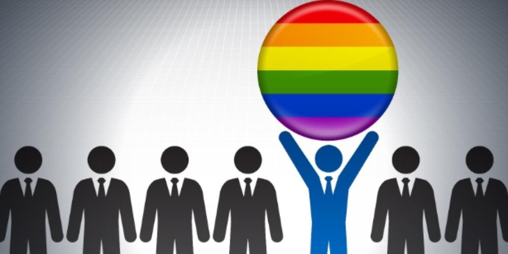 Empresa dá consultoria para LGBT+ ingressar no mercado de trabalho em SP
