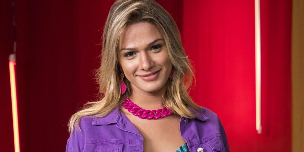 """Glamour Garcia é estrela de série sobre 'Corona Party"""" no Instagram"""