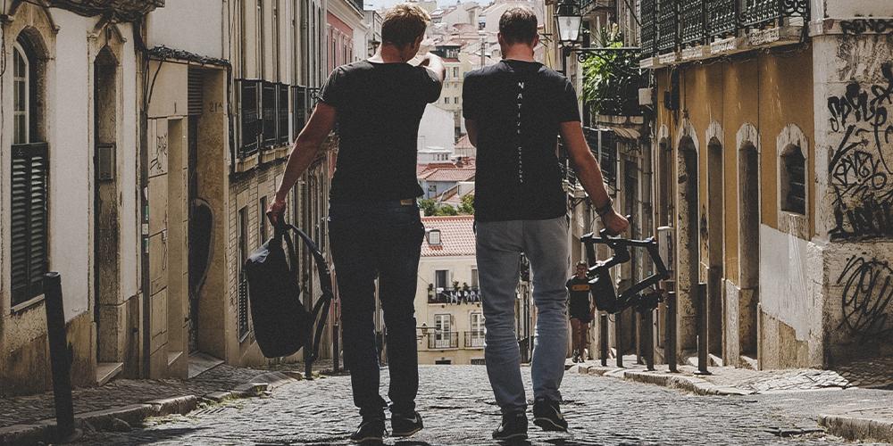 Broderagem: esse é o termo usado por caras que transam com outros, mas não se acham gays