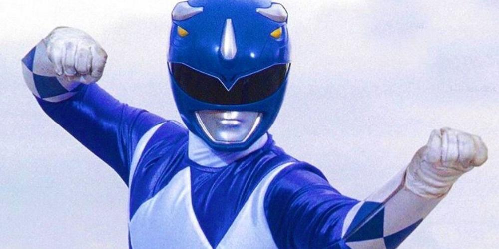 """Ator do Power Ranger azul conta como sobreviveu à """"cura-gay"""" e homofobia nas gravações"""