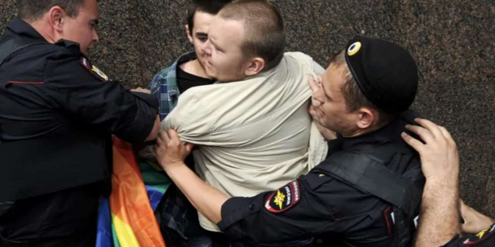'Gay Purge' in Chechnya Rages On Despite EU Sanctions