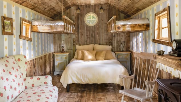 quirky airbnbs winnie the pooh 3